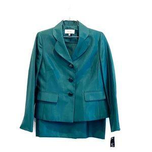 NEW Le Suit Green 2pc Jacket & Skirt Suit